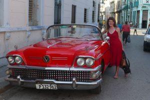 Für schabel-kultur-blog.de fuhr Michaela Schabel in einem Oldtimer-Cabrio
