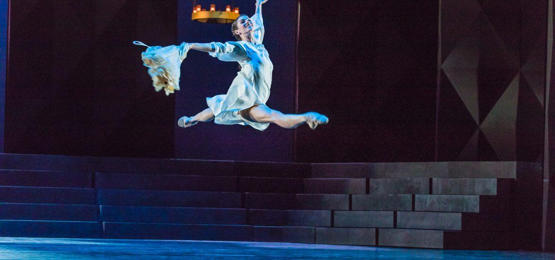 """Michaela Schabel besuchte für schabel-kultur-blog.de """"Romeo und Julia"""" von Nacho Duato getanzt vom Berliner Staatsballett Unter den Linden"""