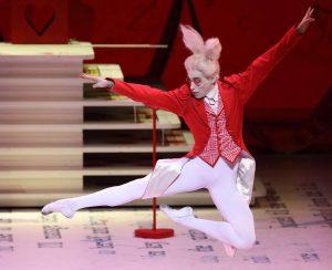 """schabel-kultur-blog präsentiert Ballettkritik Münchner Staatsoper """"Alice im Wunderland"""""""