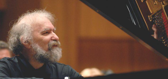 Michaela Schabel berichtet für schabel-kultur-blog.de über das Konzert von Radu Lupu in Berlin im Boulezsaal