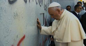 """schabel-kultur-blog präsentiert Filmkritik von """"Papst Franziskus"""""""