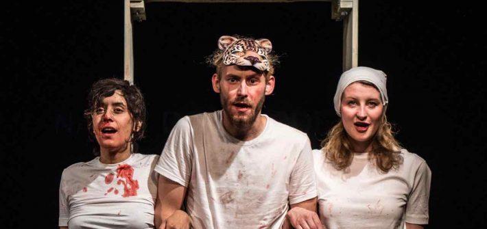 "Theaterkritik ""Erste Tode"" präsentiert von schabel-kultur-blog.de"