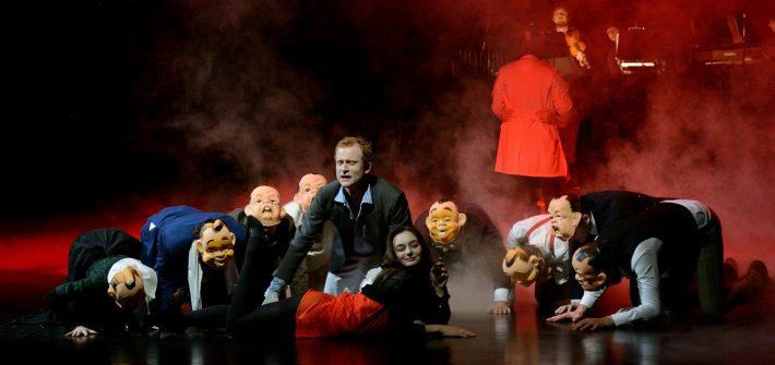 """Theaterkritik """"Der Zauberberg"""" präsentiert von schabel-kultur-blog.de"""