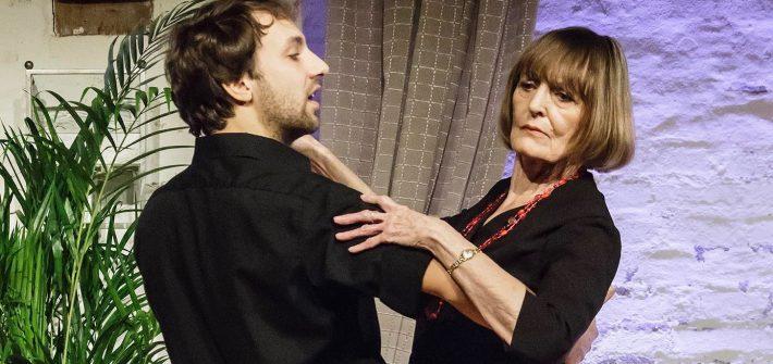 "Theaterkritik ""Sechs Tanzstunden in sechs Wochen"" präsentiert schabel-kultur-blog.de"