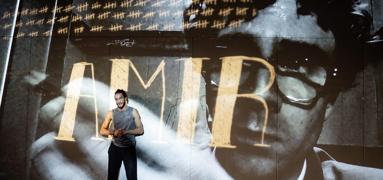 """Theaterkritik """"Amir"""" präsentiert von www.schabel-kultur-blog.de"""