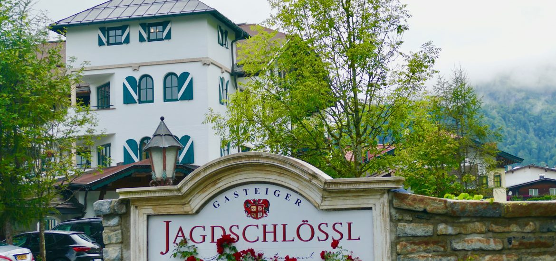 "Tirol ""Jagdschlössl"" präsentiert von www.schabel-kultur-blog.de"