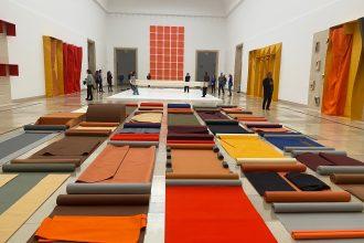 Ausstellung Franz Erhard Walther präsentiert von www.schabel-kultur-blog.de