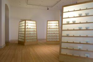 """"""" Li, Geschenke und Rituale"""" Ausstellung von Lee Mengwei im Gropiusbau präsentiert von www.schabel-kultur-blog.de"""