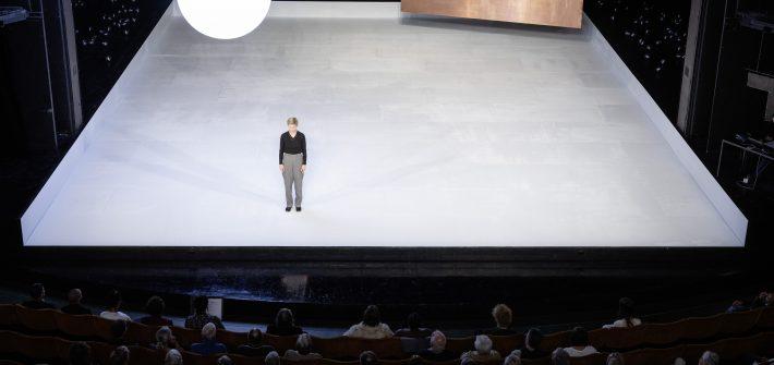 "Theaterkritik ""Hamlet"" in Bochum präsentiert von www.schabel-kultur-blog.de"