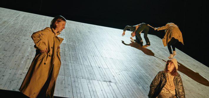 """""""Peer Gynt"""" im Schauspielhaus Bochum präsentiert von www.schabel-kultur-blog.de"""