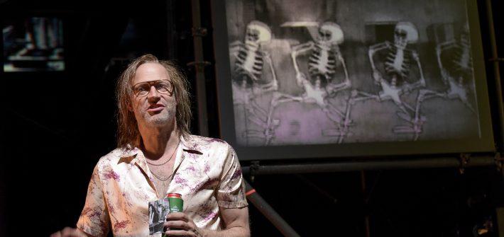 """Theaterkritik von Despentes """"Das Leben des Vernon Subutex 1"""" präsentiert von www.schabel-kultur-blog.de"""