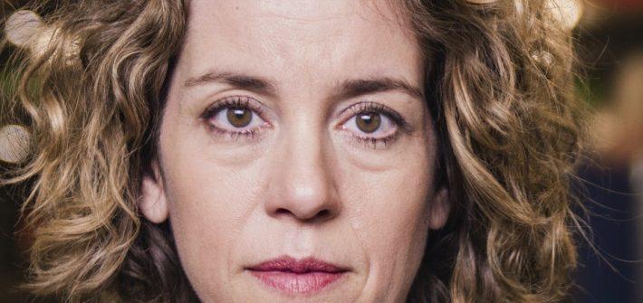 """Louisa Stoux """"Alles was ich liebe"""" präsentiert von www.schabel-kultur-blog.de"""