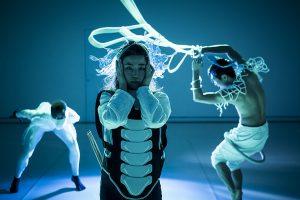 """""""Tanz im August 2021"""", internationales Tanzfestival in Berlin, präsentiert von www.schabel-kultur-blog.de"""