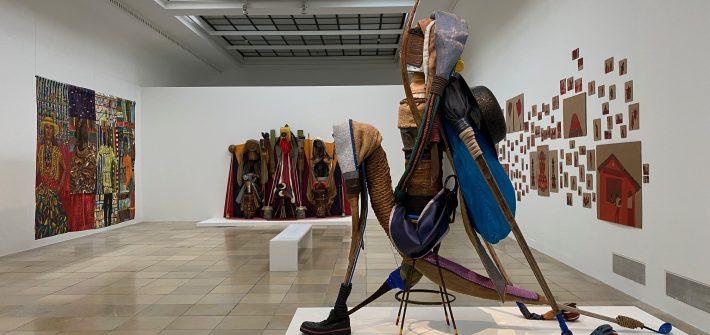 """Ausstellung """"Sweat"""" präsentiert von www.schabel-kultur-blog.de"""